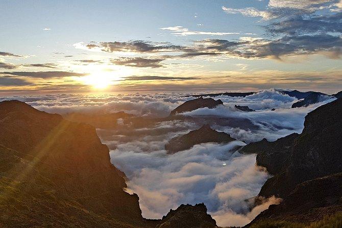 Nascer do sol no Pico do Arieiro e caminhada até o Pico Ruivo - por transferências do Pico