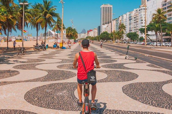 Copacabana and Ipanema bike tour- Professional Guide and Photos