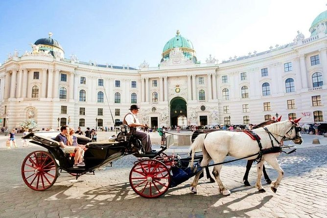 Vienna Airport Transfers : Vienna City to Vienna Airport VIE in Luxury Car