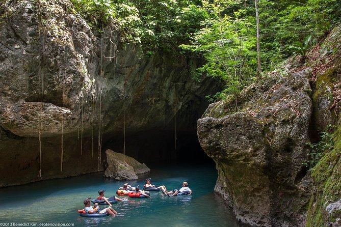 Belize City to San Ignacio Shuttle & Nohoch Che'en Cave Tubing