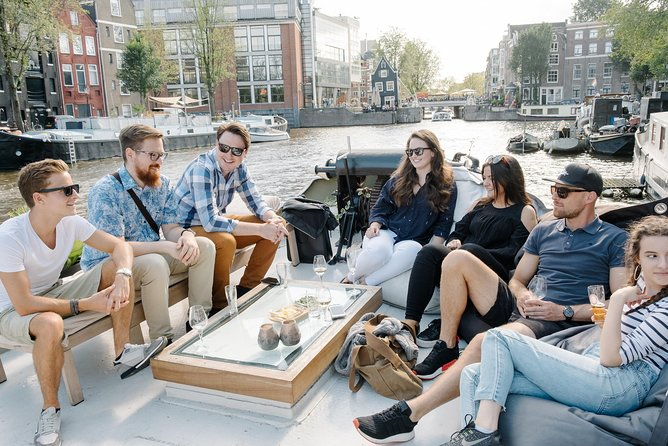 Prosecco & Wine Cruise On Amsterdam Canals