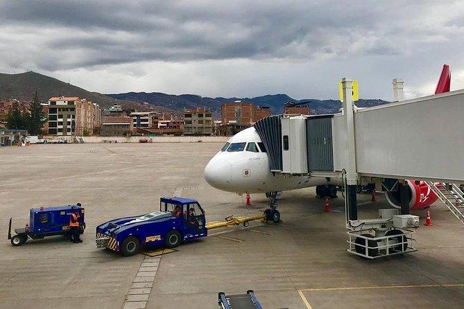 Transfer Cusco Airport to Hotel in Cusco Round Trip