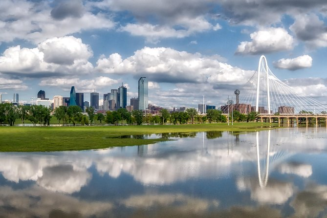 Best of Dallas Sightseeing Walking Tour with Optional CityPass