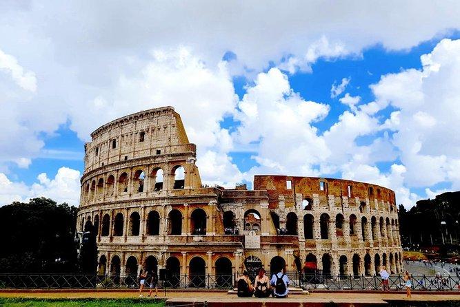 Semi Private Tour: - Colosseum, Palatine & Roman Forum
