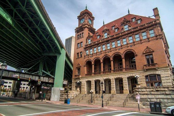 Richmond Scavenger Hunt: City Center Spectacles