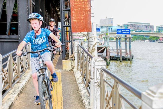 Bangkok Historical Highlights on a Bike
