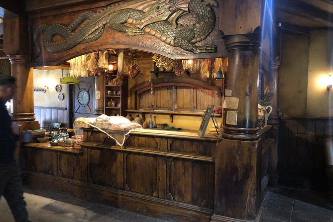 Hobbiton Movie Set Tour with a Highlight tour of Auckland City in a Small group