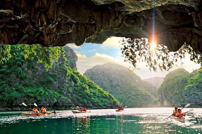 Luxury day trip to Halong bay with Sung Sot cave, Titop Island and kayaking.