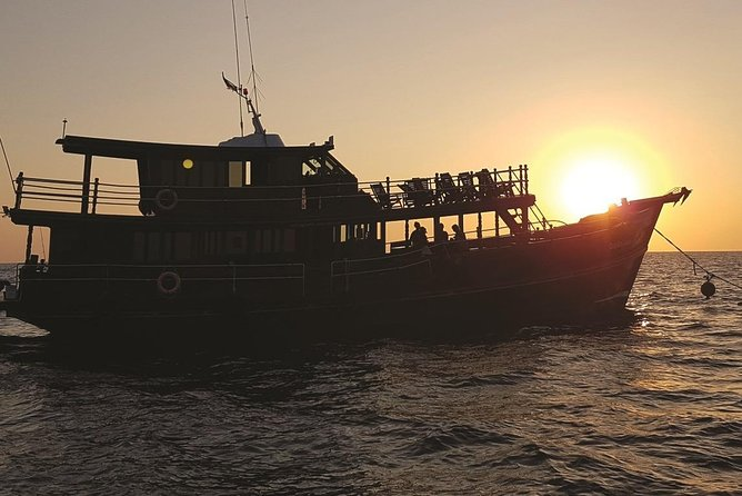 Half Day Classic Khao Lak Dolphin Sunset Cruise photo 1