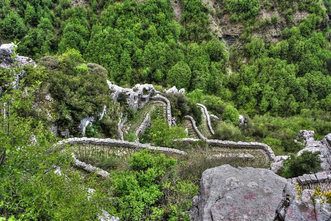 Trekking in Vikos Gorge (3 days)