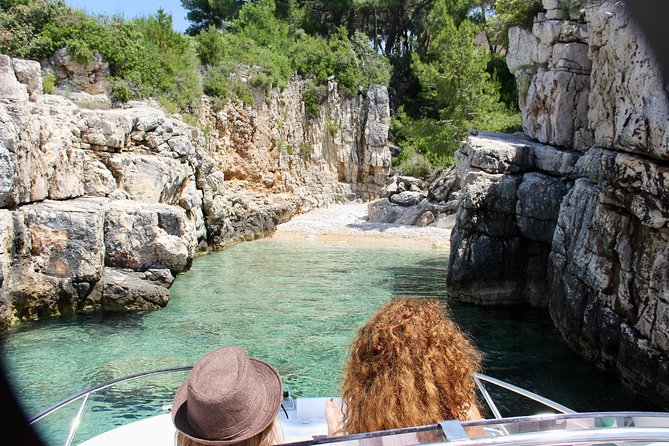 Private 3 islands Tour With Speed boat to Blue Lagoon and Solta from Split or Trogir photo 24