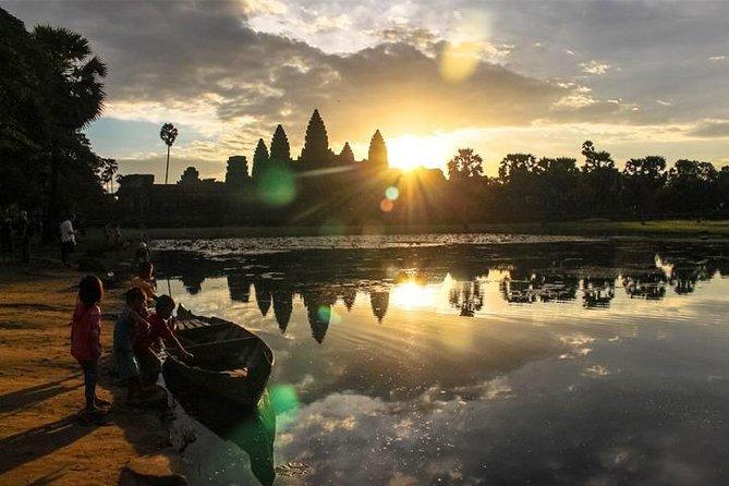 Angkor Park Sunrise Private Tour