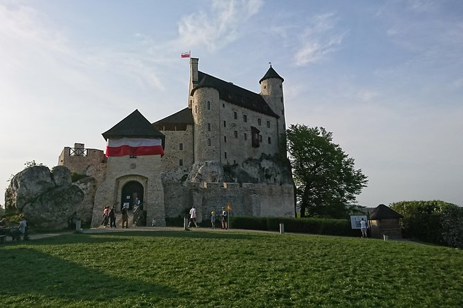 Castles Tour by The Eagles Nests Trail, regular group tour from Krakow