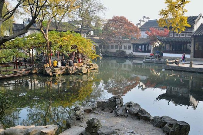 Full-Day Suzhou Gardens Private Tour with Local Guide photo 6
