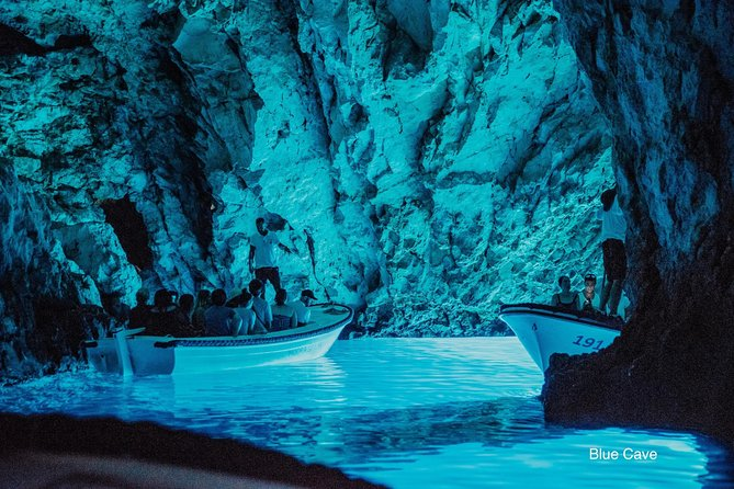 Private 5 islands Tour With Speed boat to Blue Cave and Hvar island from Trogir