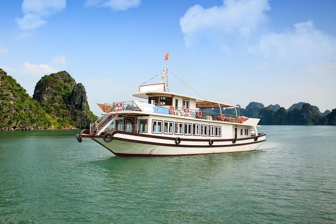 Halong Day Tour: Islands, Caves, Kayak with Luxury Cruise
