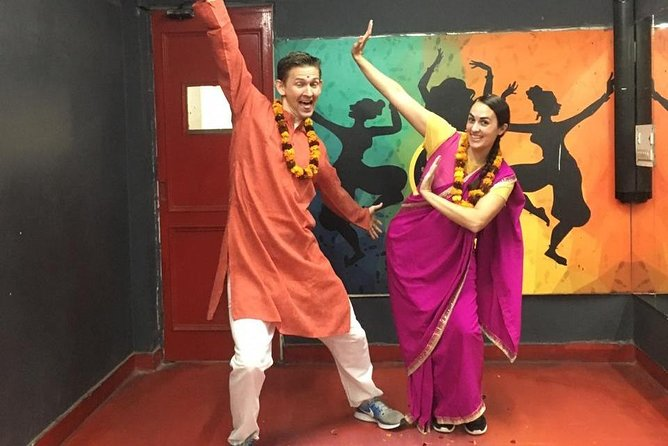 Book Delhi Dance Academy Bollywood Dance photo 1