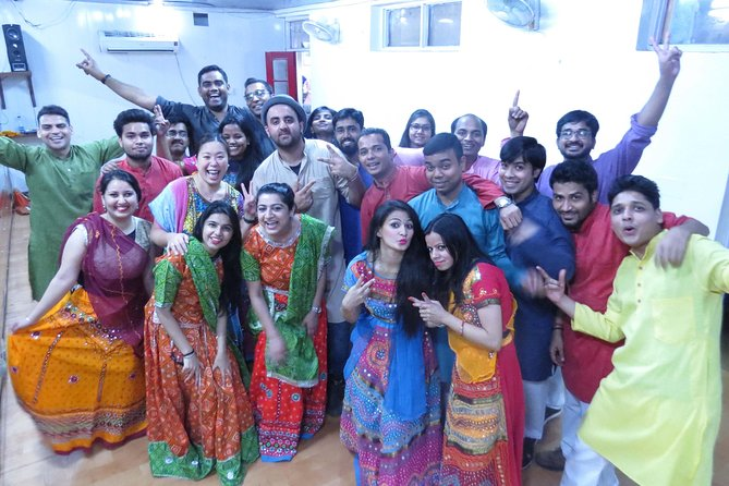 Book Delhi Dance Academy Bollywood Dance photo 3