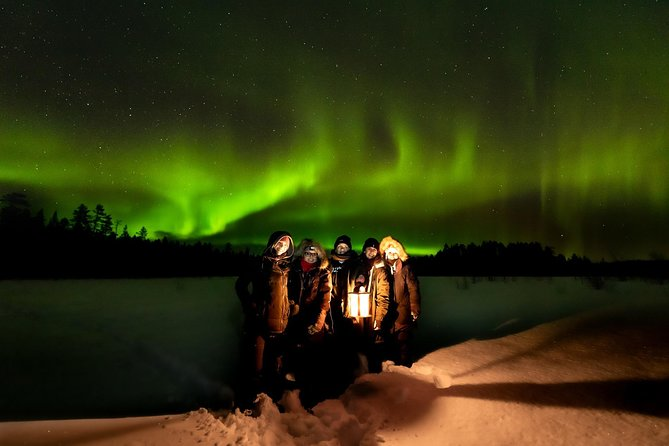 Northern Lights with BBQ in Private Hut