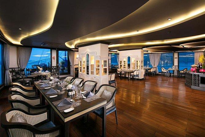 Madeline Cruise - Luxury Cruise in Ha Long Bay - 2 Days 1 Night Tour