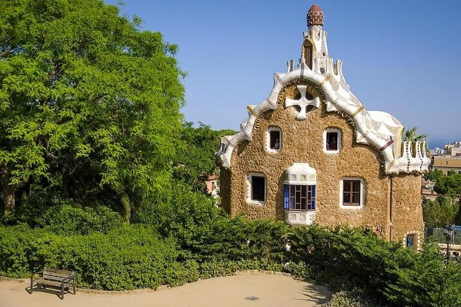 Private Guided Park Guell & Gaudi's Masterpieces Experience