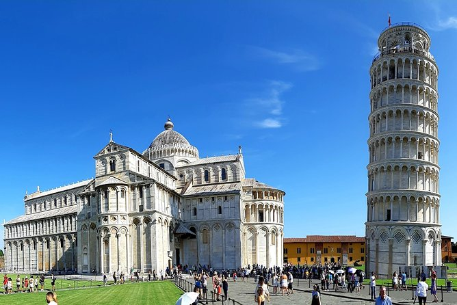 EXCLUSIVE Pisa & Lucca Wine Tour Plus Winery