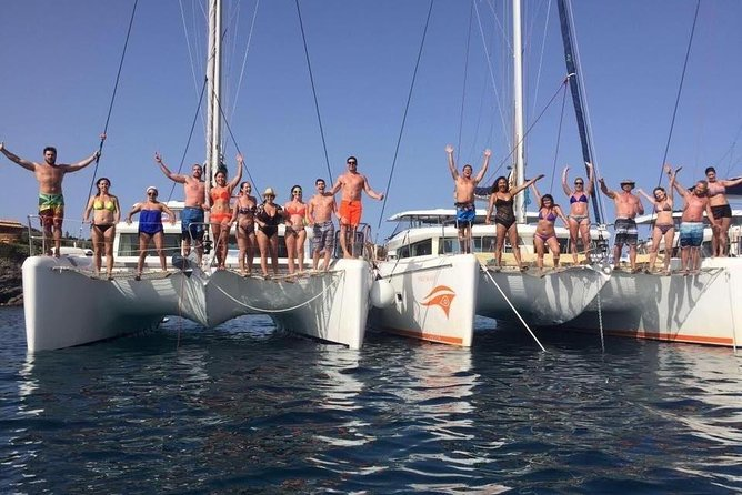Catamaran Semi Private Day Cruise 5 Hours photo 8
