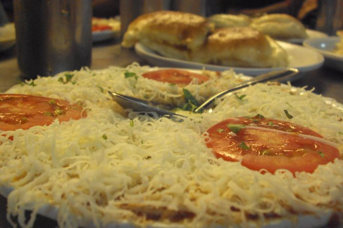 Pune Food Walking tour with Private transfers