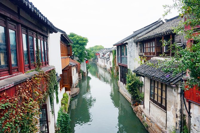 Zhouzhuang and Highlights of Shanghai City-Group Tour