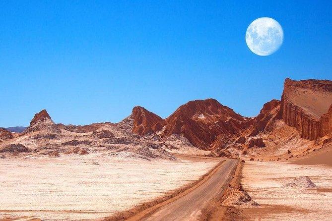 Excursion to Moon and Death Valley in Atacama Desert