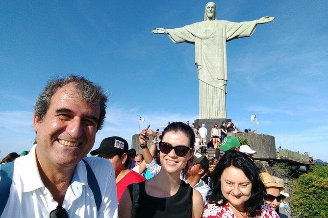 Private Tour Guide in Rio de Janeiro. Privacy, confort and safety.