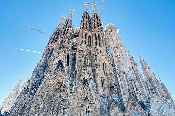 Gaudi Experience : Discover Sagrada Familia (Fast Track Admission)