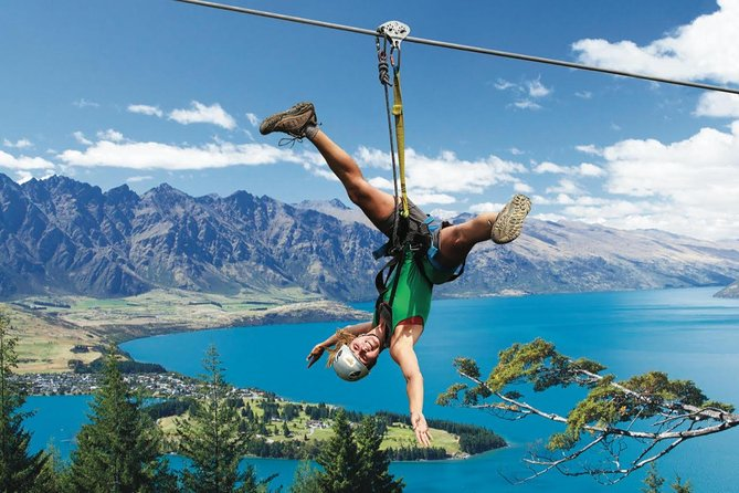 Small-Group Zipline Adventure in Queenstown