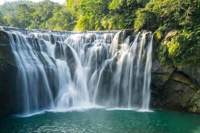 Private Tour: Yehliu, Shifen, Elephant Trunk Rock, Jiufen (From Taipei: 10 hour)