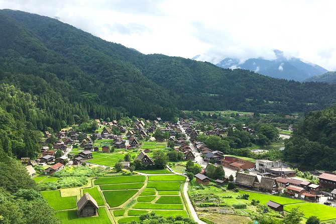 Shirakawa-go and Hida-Takayama Private Day Trip from Nagoya