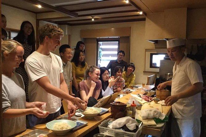 Sushi nigiri lunch experience at a long-established sushi restaurant in Fukuoka!
