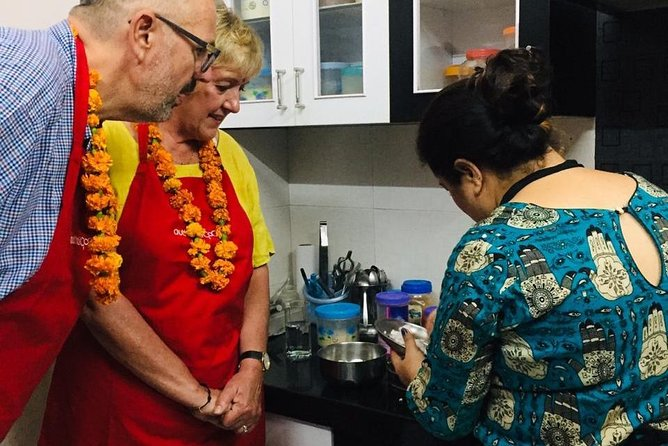 Punjabi Cooking and Dining Experience with a Local in Jaipur