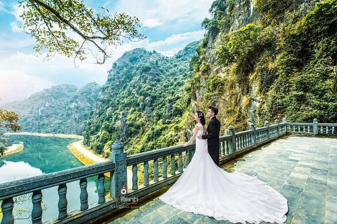 Hoalu/Tuyet Tinh Coc -Tam Coc/Bich Dong small group with boating,biking,climbing