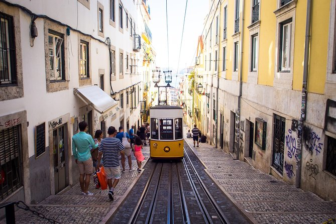 Lisbon Highlights Half-Day Walking Tour