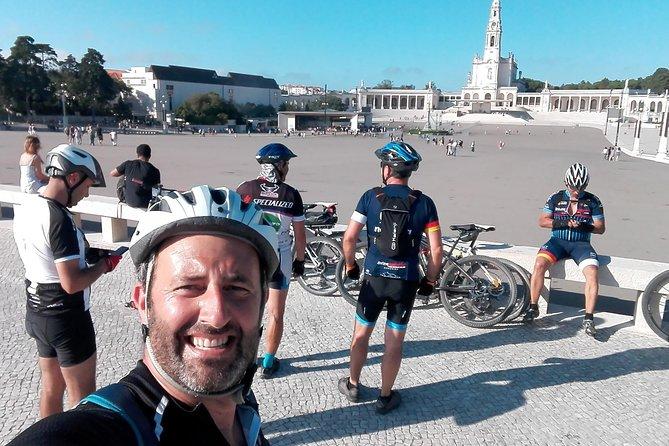 Transporte de Bicicletas e Ciclistas do Santuário de Fátima para Porto
