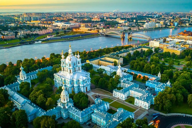 Private Tour of the Hermitage and Highlights of St Petersburg