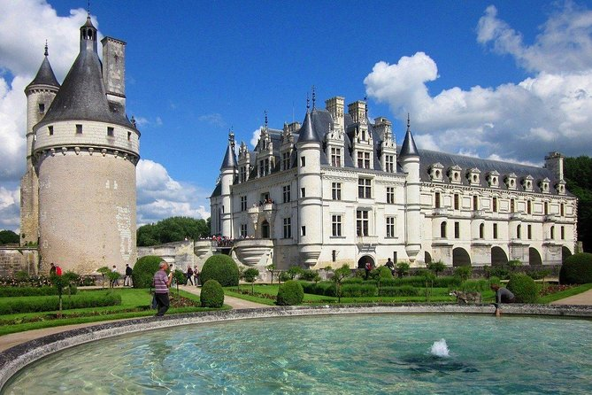 Private tour of Loire Valley most visited castles photo 1