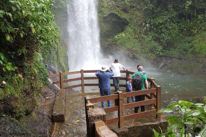 La Paz Waterfalls Gardens Private Transportation & Tour Guide photo 2
