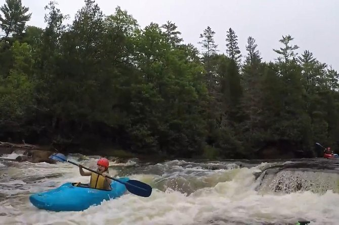 Whitewater Kayak Adventure over 80 rapids (Advanced) photo 1