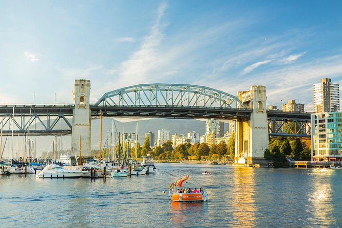 3 hours Accessible Private Tour - Vancouver City Highlight (up to 4 passengers) photo 3