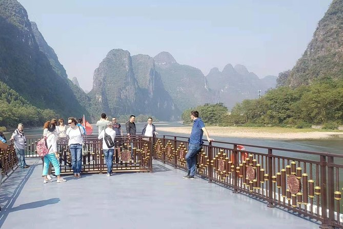 Guilin Highlights Private Day Tour with Li River Cruise photo 4