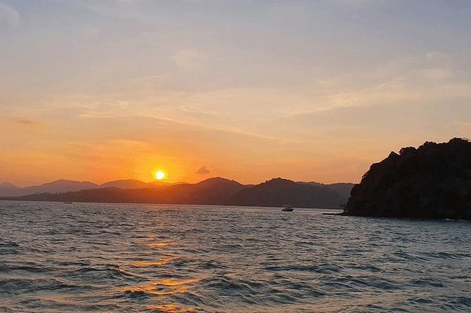 Phuket Sunset Cruise Dinner in Phang Nga Bay with Sea Canoe + Loy Krathong photo 11