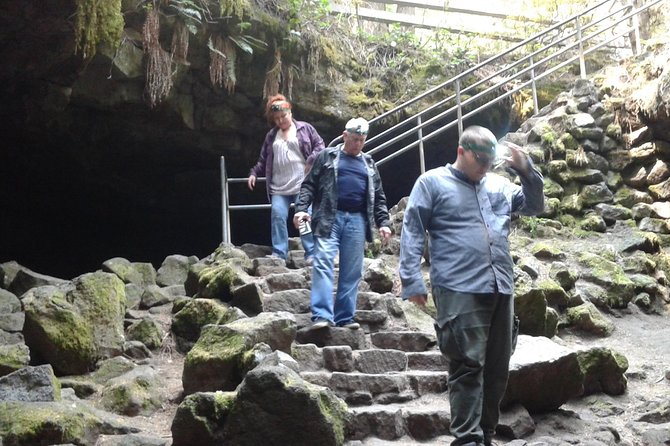Mount St Helens Ape Cave Tour