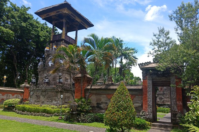 Denpasar City tour,Garuda wisnu Statue & Uluwatu Temple
