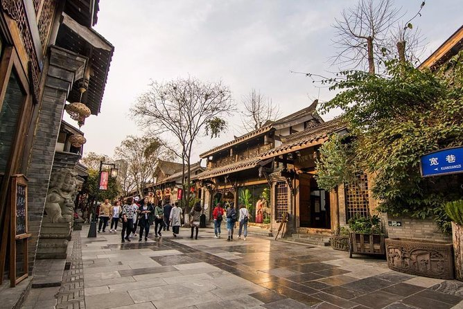 All Inclusive Chengdu Private Day Tour to Panda Breeding Base andCity Highlights